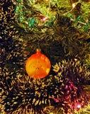 Jouet du ` s de nouvelle année : sphère - hérisson Images libres de droits