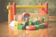 Jouet en bois coloré de blocs Photographie stock libre de droits