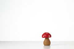 Jouet en bois de champignons Image stock