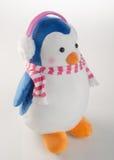 jouet ou pingouins faits main drôles de jouet sur le fond Photographie stock