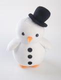 jouet ou pingouins faits main drôles de jouet sur le fond Images stock