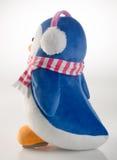 jouet ou pingouins faits main drôles de jouet sur le fond Photos stock