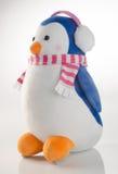 jouet ou pingouins faits main drôles de jouet sur le fond Image libre de droits