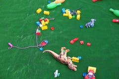 Jouets colorés de bébé de plastique Photographie stock libre de droits