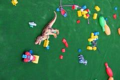 Jouets colorés de bébé de plastique Image libre de droits