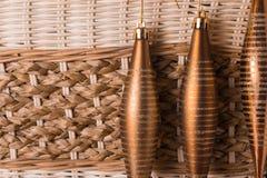 Jouets de Noël sur le fond en osier Image stock