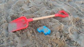 Jouets de plage images libres de droits