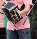 Joueur d'accordéon de Zydeco photo libre de droits
