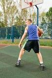 Joueur de basket de rue Images stock