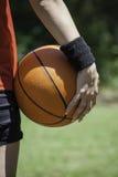 Joueur de basket féminin Images libres de droits