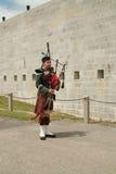 Joueur de cornemuse de dispositif protecteur de Henry de fort Image libre de droits
