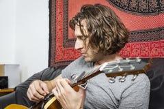 Joueur de guitare Images stock