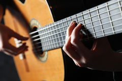 Joueur de guitare de Classick Image stock