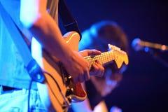 Joueur de guitare de Darren Hayman et de la séparation d'essai (bande) Image stock