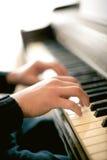 Joueur de piano image stock