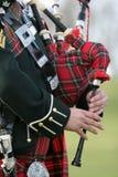 Joueur de pipeau écossais de sac Photographie stock libre de droits