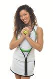 Joueur de tennis féminin ehtnic multi attirant Photographie stock libre de droits