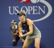 Joueur de tennis professionnel Elina Svitolina de l'Ukraine dans l'action pendant son match 4 rond de l'US Open 2017 photo stock