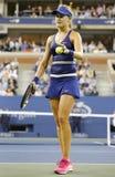 Joueur de tennis professionnel Eugenie Bouchard pendant troisièmement la marche de rond à l'US Open 2014 image libre de droits