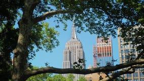 Jour établissant le tir de l'Empire State Building clips vidéos