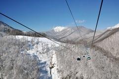 Jour d'hiver dans des mountines de Sotchi Photos libres de droits