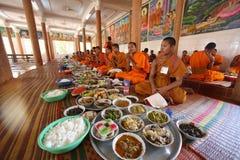 Jour de Ben de phcum du Cambodge dans le bouddhisme de pagoda dans Siem Reap Image stock
