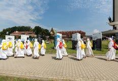 Jour 2016 de la jeunesse du monde - missionnaires de la charité dans le sanctuaire de la pitié divine dans Lagiewniki Image libre de droits