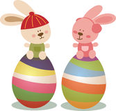 Jour de Pâques avec le lapin et les oeufs Image stock