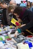 Jour de Sant Jordi en Catalogne Photos libres de droits