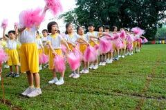 Jour de sport de jardin d'enfants images stock