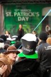 Jour de St Patrick s à Bucarest Images libres de droits