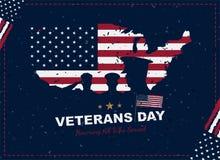 Jour de vétérans heureux Carte de voeux avec le drapeau, la carte et les soldats des Etats-Unis sur le fond avec la texture Événe illustration libre de droits