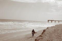 Jour de vague déferlante Photos libres de droits