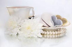 Jour de valentine de saint - symbole des coeurs et des fleurs Photographie stock libre de droits