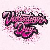 Jour de valentines élégant calligraphique d'inscription de vecteur avec des coeurs sur un fond rose coloré photographie stock libre de droits
