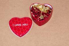 Jour de valentines heureux. Amour et bonheur… Images stock