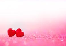 Jour de valentines rouge de coeur avec le backgrou doux et romantique de moment Images stock
