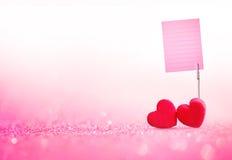 Jour de valentines rouge de coeur et porte-cartes que la note empaquettent avec le swe Images stock
