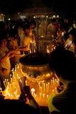 Jour de Wesak au temple bouddhiste de Maha Vihara Image stock