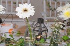 Jour du mariage de décoration de table de salle à manger Photo libre de droits