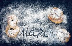 Jour du ` s de femmes, petits pains faits maison Photographie stock
