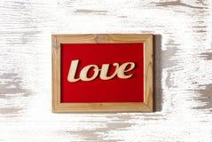 Jour du ` s de St Valentine Cadre rouge avec l'AMOUR d'inscription Concept : amour texture blanche Photographie stock libre de droits