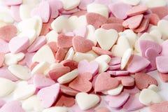 Jour du ` s de St Valentine symbole multicolore de coeurs de sucre de l'amour et du bonheur doux Fond Photographie stock