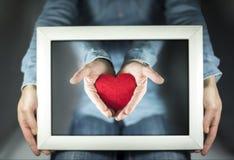Jour du ` s de Valentine, cadeau de ma photo de coeur Image libre de droits