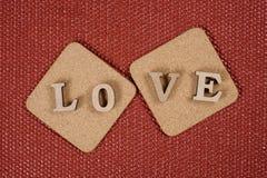 Jour du ` s de Valentine, l'amour de mot sur deux supports de liège Image libre de droits