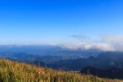 Jour ensoleillé au Chi fa de Phu images stock