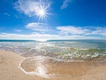 Jour ensoleillé au-dessus du Golfe du Mexique sur St George Island Florida photo libre de droits