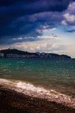 Jour glorieux sur le bord de la mer photographie stock