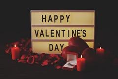 Jour heureux du ` s de Valentine/vous m'épouserez concept Mots, lettrage, calligraphie, police Photographie stock