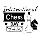 Jour international d'échecs - carte de voeux avec des pièces d'échecs Illustration de vecteur de diagramme d'échecs Image stock